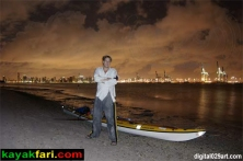 Flex Kayakfari at work! Miami night time Flex Maslan kayakfari
