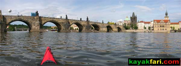 kayak Prague vltava fitness paddling kayakfari river Charles Bridge