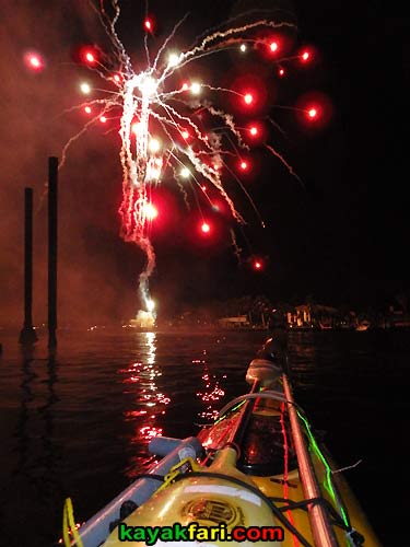 kayakfari.com Boca Raton Holiday kayakfari Parade kayak flex maslan lights night boat photo winterfest fireworks