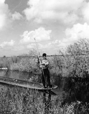 Everglades Flex Maslan kayakfari grass Miccosukee dugout canoe glades skiff kayak Simmons FloridaMemory.com awakenthegrass 1950