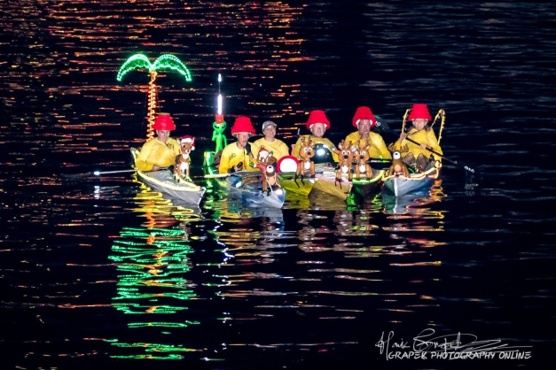 Flex Maslan Kayak Winterfest Boat Parade kayakfari Christmas lights Devo ft lauderdale 80s Holidays photography 2018 Howie Grapek