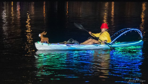 Flex Maslan Kayak Winterfest Boat Parade kayakfari Christmas lights Devo ft lauderdale 80s Holidays photography 2018 Janine Mangini