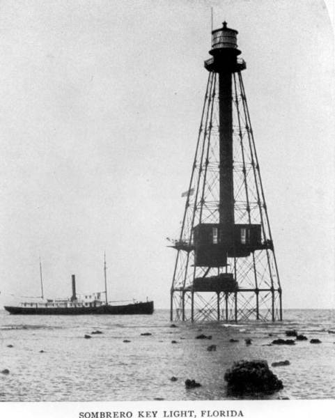 flex maslan Kayakfari sombrero reef lighthouse kayak paddle dive coral keys adventure marathon photography history 1900s